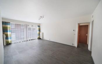 Appartement en Location non meublée à Lobbes