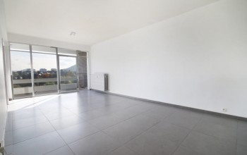 Appartement en Location non meublée à Marcinelle