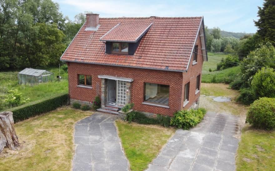 Villa en Vente à Courcelles