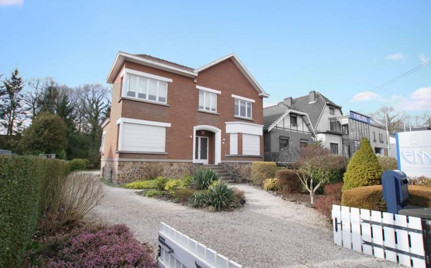 Villa en Vente à Montigny-le-tilleul