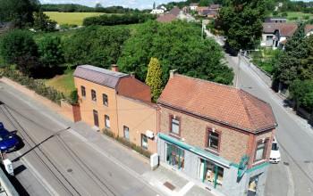 Immeuble commercial en Vente à Bouffioulx