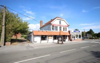 Immeuble commercial en Vente à Sivry-rance