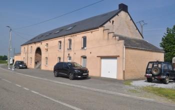 Duplex en Location non meublée à Froidchapelle