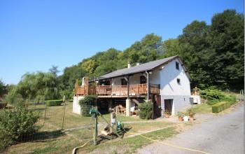 Villa en Biens AV à Nismes