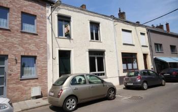 Maison en Location non meublée à Couvin