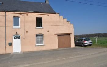 Maison en Location non meublée à Froidchapelle
