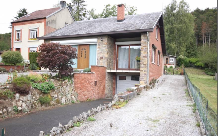 Villa en Viager à Treignes