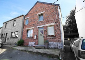 Maison en Location non meublée à Mont-sur-marchienne
