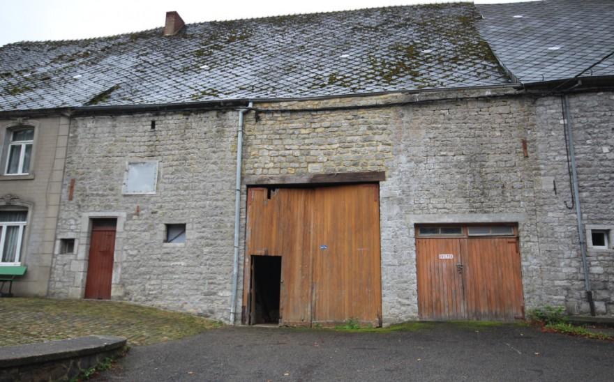 Grange en Biens AV à Petigny