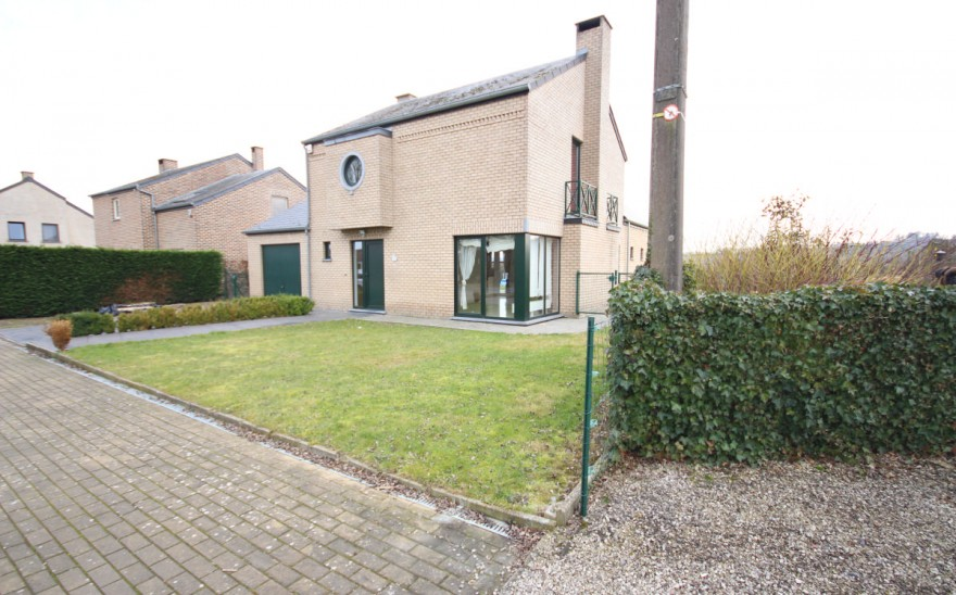Villa en Biens AV à Agimont