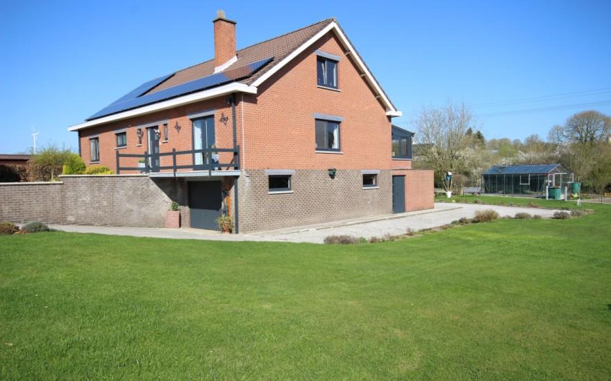 Villa en Biens AV à Neuville (philippeville)