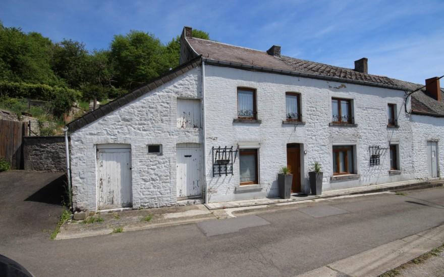 Maison en Biens AV à Cerfontaine