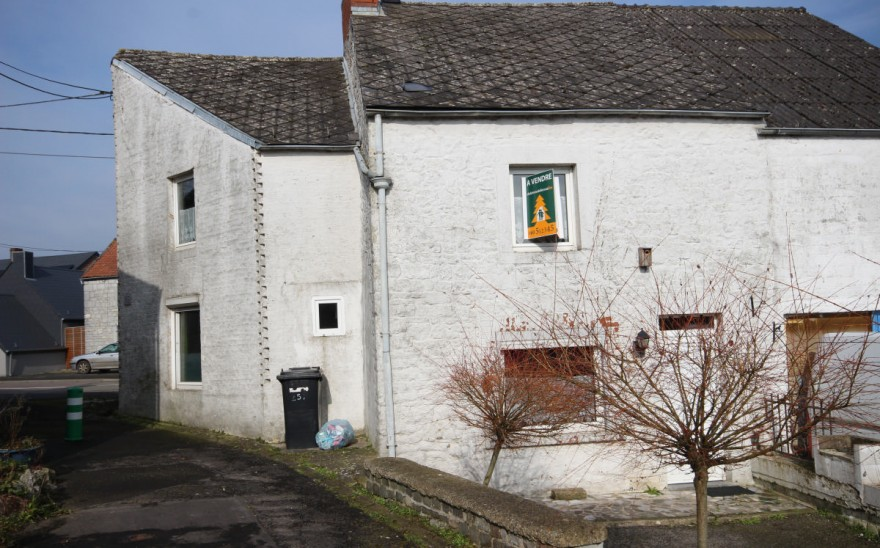 Maison en Biens AV à Senzeille